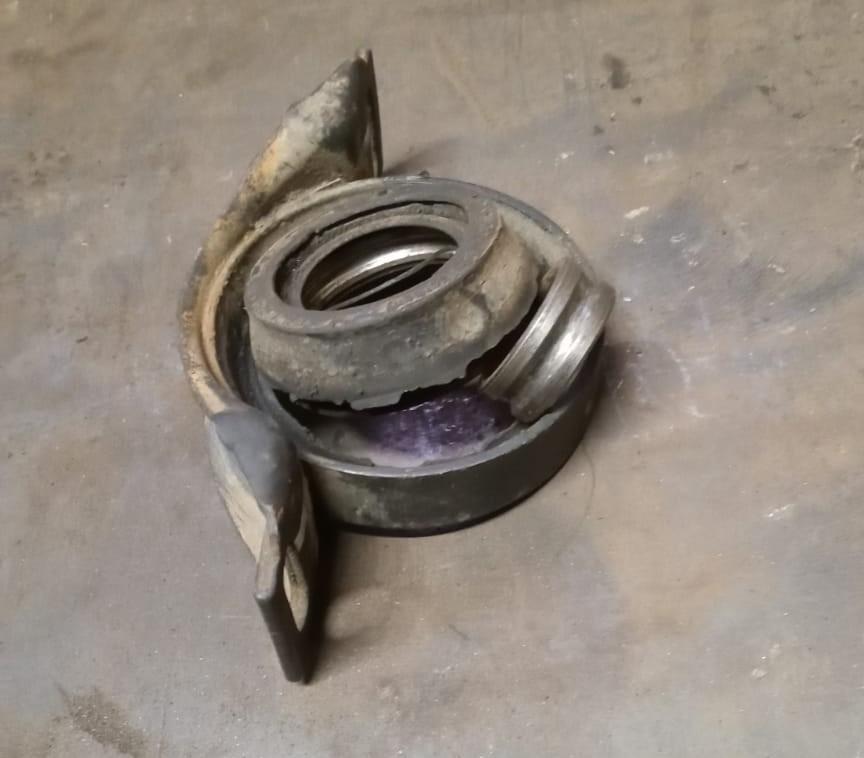 Подвесной подшипник отдельно от карданного вала